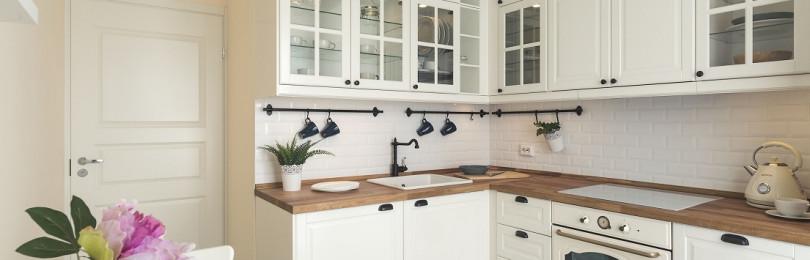 Белый фартук для кухни: +50 фото дизайна, советы