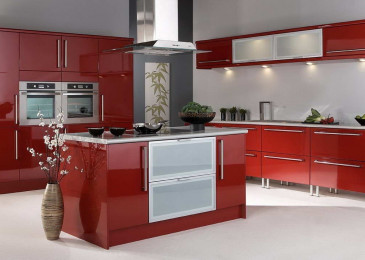 Красная кухня в интерьере: идеи, варианты, акценты