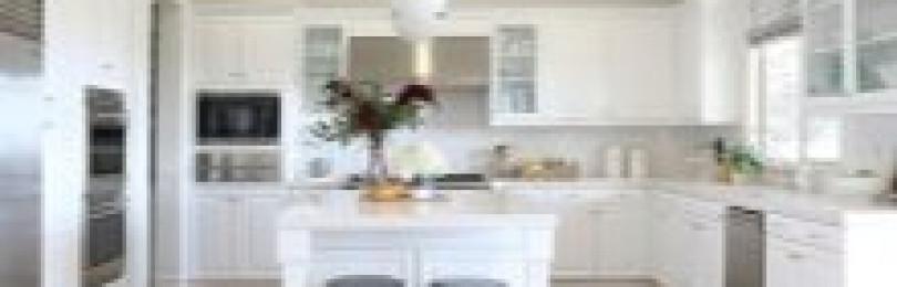 Фартуки для белых кухонь (+51 фото)