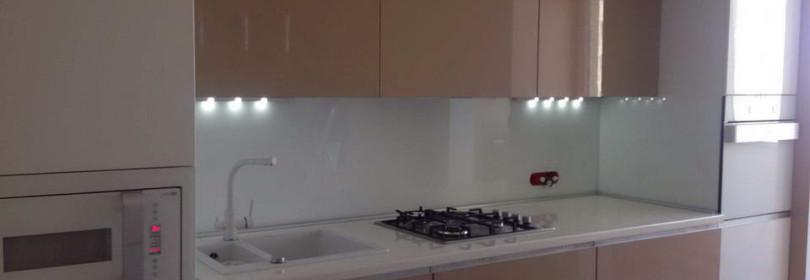 Кухня в теплых тонах: как оформить?