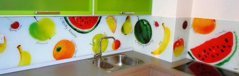Фартукиз стекла для кухни  — как выбрать
