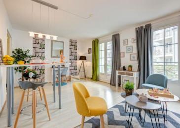 Комбинированные шторы из 2х цветов для гостиной, спальни и зала с переходом, из двух полотен