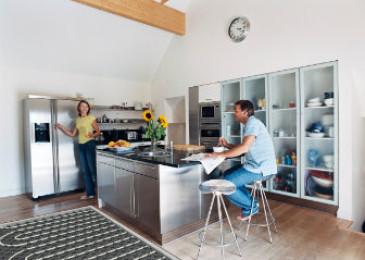 Тёплый пол на кухне под плитку своими руками: плюсы и минусы, монтаж